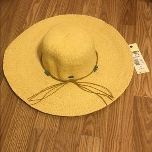 NWT Roxy Hat